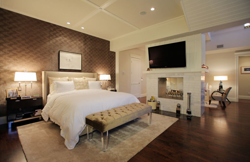 stunning master suite - Luxury Master Suite