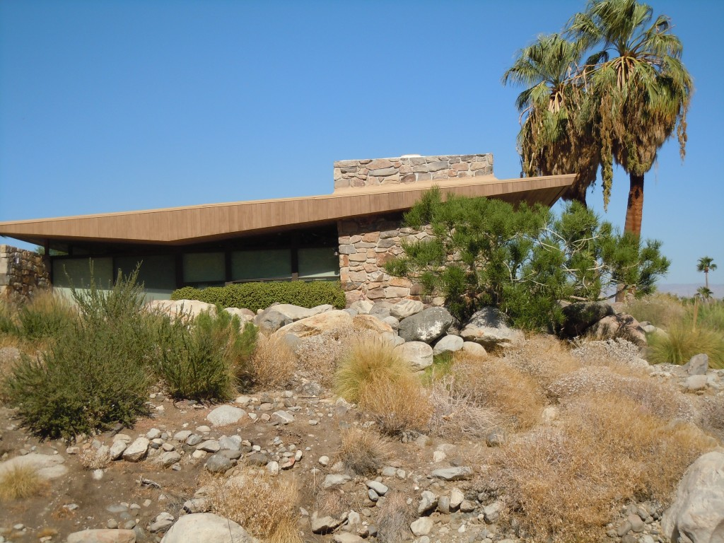 Mid-Century Modern Architecture: Palm Springs Home to Celebrities ...